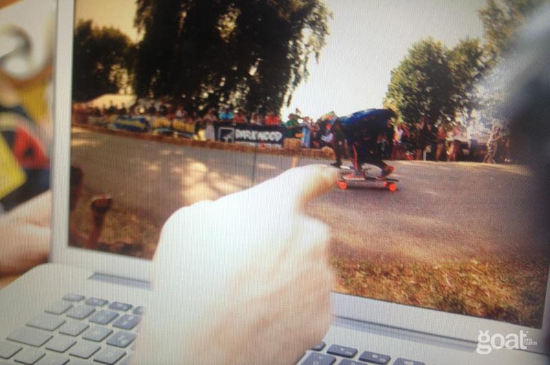 foto finish competicion downhill almabtrieb eurotour 2013