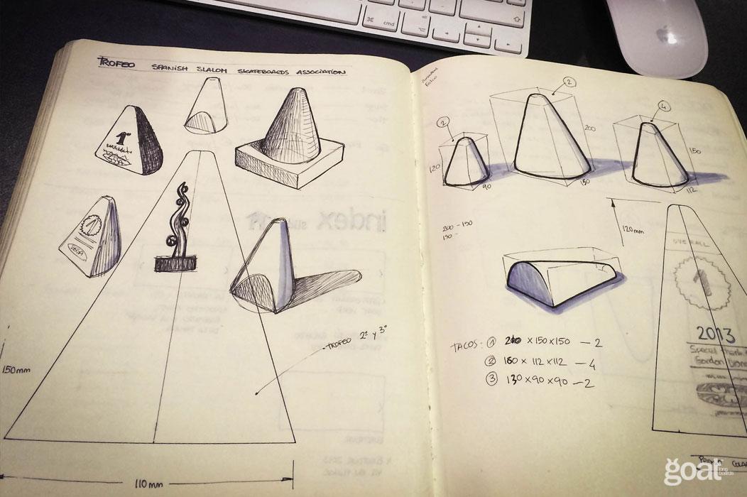 bocetos diseño trofeos sssa