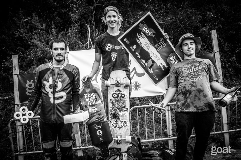 Oiol Galvez, Pablo Quiles, Toti en el podium king of the hill durante freeride ibardin 2014